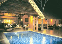 elephant_safari_lodge3.jpg